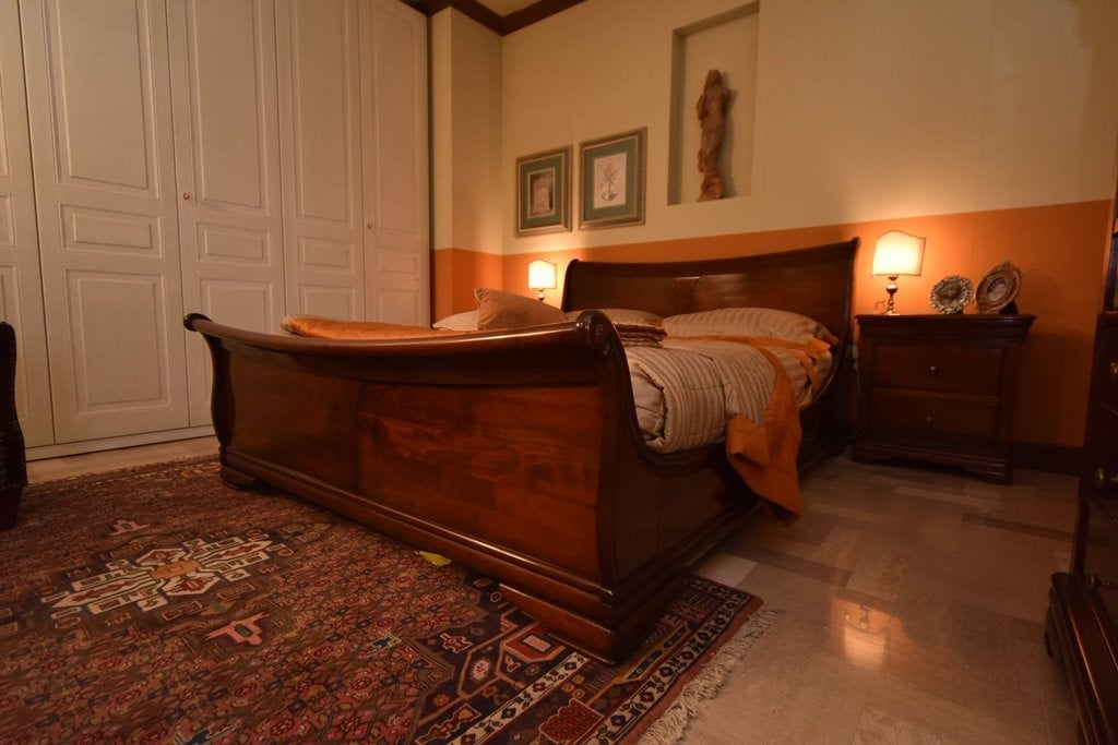 Grande arredo camera da letto claudine outlet mobili for Mobili grande arredo