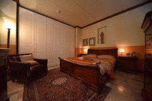 camera da letto grande arredo